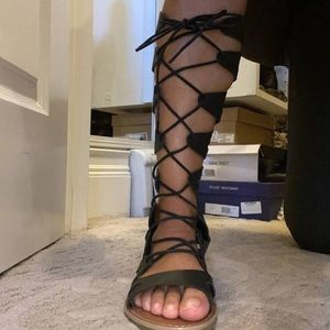 Mossimo supply size 8 gladiator sandals